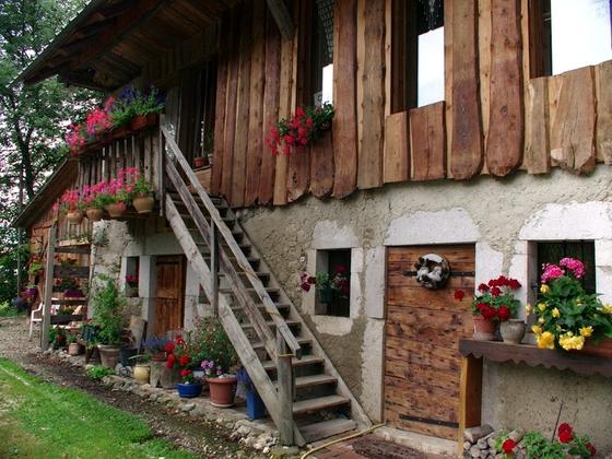 A Vendre Ferme Typique Proche Chambery En Savoie Massif Des Bauges Maison Aillon Le Vieux Annonces Immobilieres Internationales