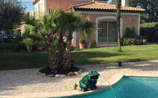 vente maison piscine brignoles immobilier international